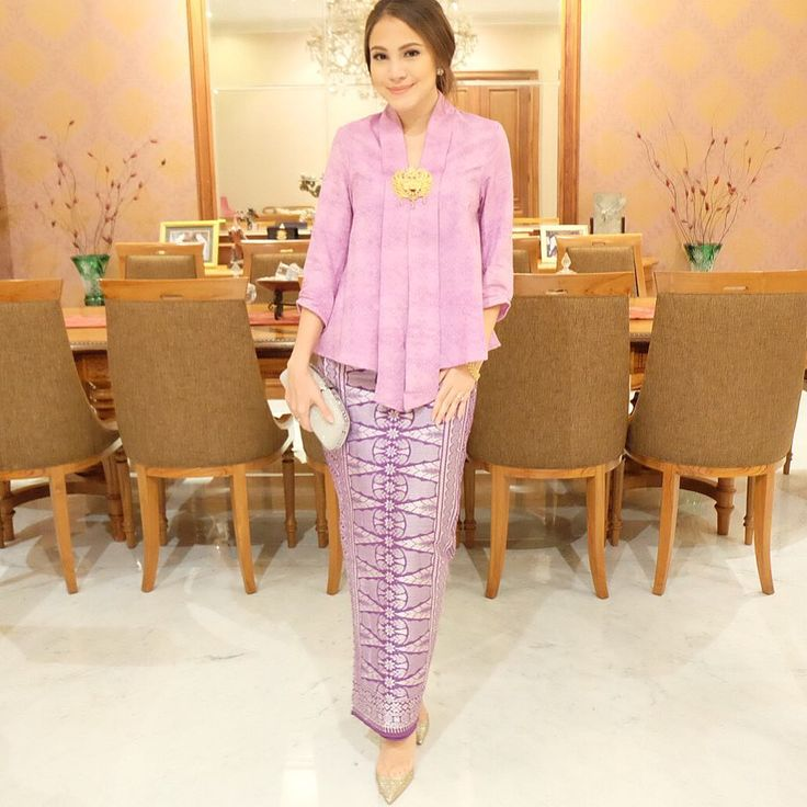 "Instagram  @paolatambunan : ""Channeling Ibu Ainun's simplicity in this purple hue ✨"