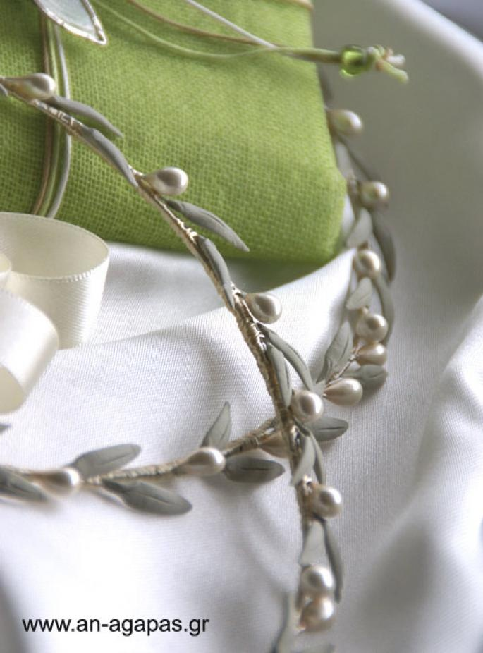 Absolutely gorgeous. I think these are the ones I'd like to show my fiance - if he likes them, I'd like to get them...Handmade wedding crowns/stefana with olive leaves.   ΑΝ ΑΓΑΠΑΣ