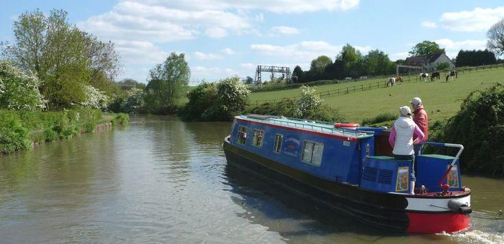 Canal Boat Holidays - UK Narrowboat Hire - Wyvern Shipping Co. Ltd