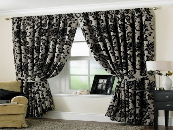 Cozy Black White Living Room Curtain Ideas With Floral Pattern