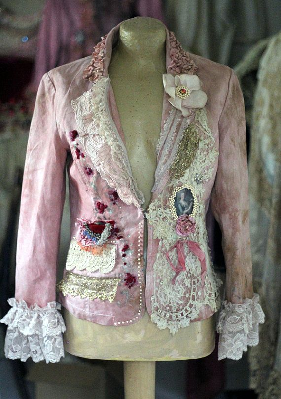 Rococo jacket - extravagant reworked linen jacket, wearable art, hand…