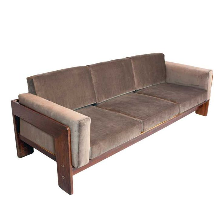 Greige velvet bastiano sofa by carlo scarpa velvet for Canape italian shoes