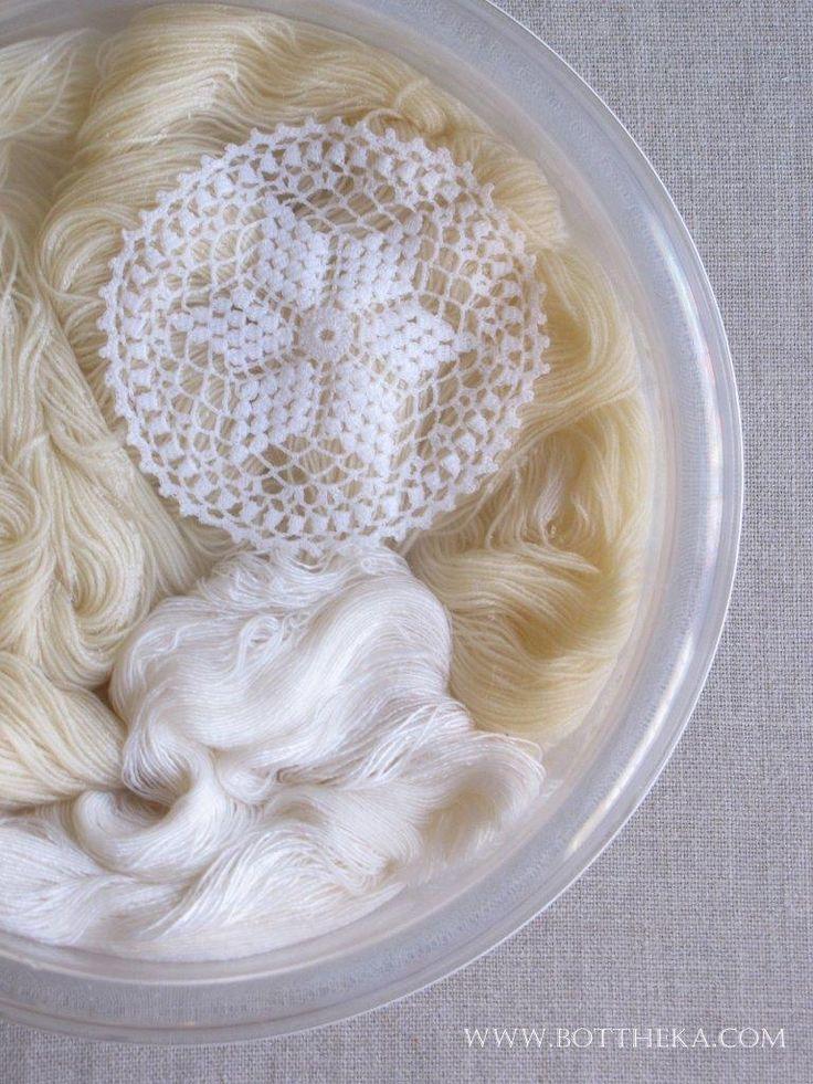 vegetable dyeing, onionskin, merino, bamboo, silk, wool, yarn, lace, cotton http://bottheka.com/en/allium-cepa
