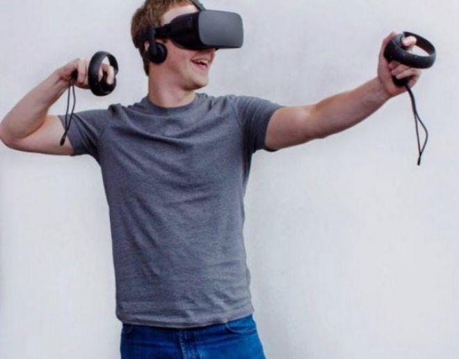 Oculus sviluppa un potente visore VR senza fili http://www.sapereweb.it/oculus-sviluppa-un-potente-visore-vr-senza-fili/        Oculus VR Sono numerose le novità annunciate oggi in occasione della conferenza Oculus Connect: una delle più rilevanti è la conferma dello sviluppo di un visore di realtà virtuale senza fili che potrebbe essere potente quanto il Rift, fermo restando che il progetto è in fase embr...