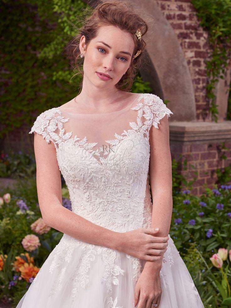 33 best Wedding Dresses images on Pinterest   Wedding frocks ...