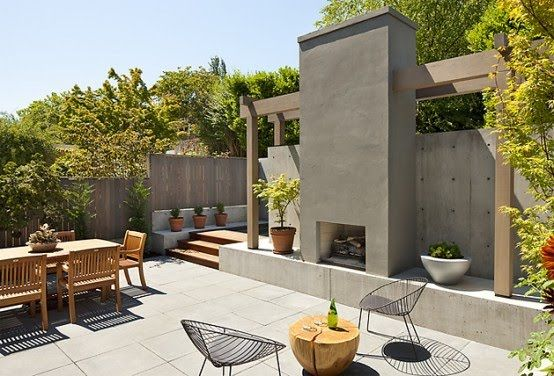 My future patio.... LOVE the fireplace: House Design, Courtyards Design, Home Exterior, Outdoor Patio, Courtyards Ideas, Tyler Engl, Outdoor Fireplaces, Modern Courtyards, Outdoor Spaces