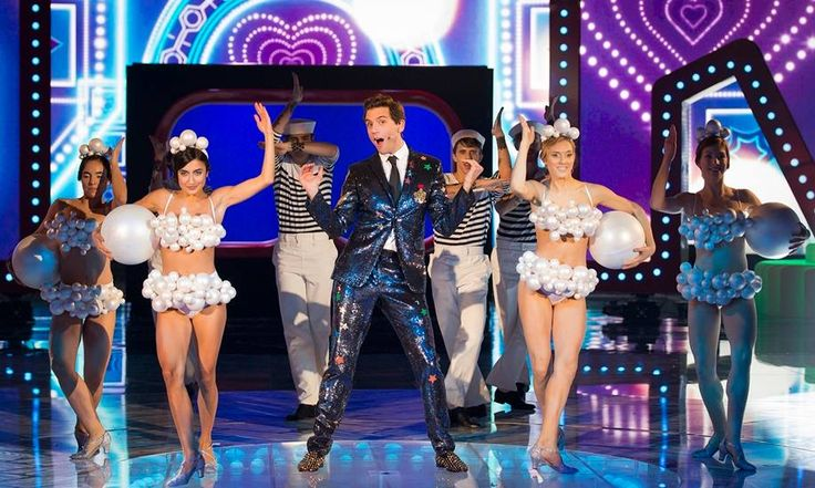 Mika and dancers