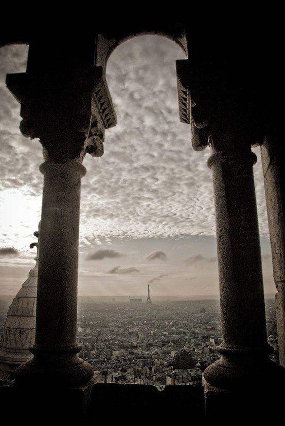 Breathtaking! I would love to go.  La Basilique du Sacré Coeur de Montmartre