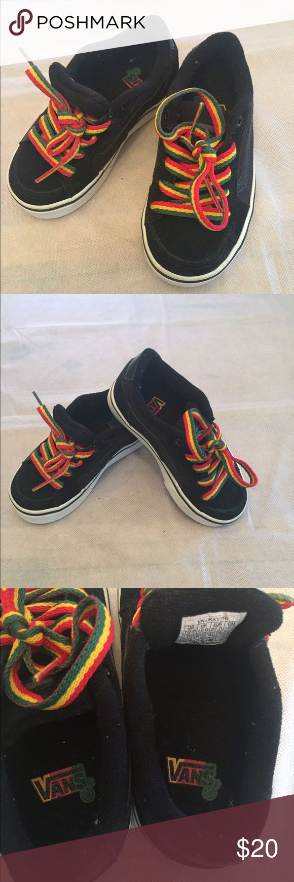 Super cute Rasta vans shoes👣 This super cute toddler skater shoes are in excellent conditions. No rips and very little signs of wear. All bundle buys get 20% discount 😱 Vans Shoes Sneakers