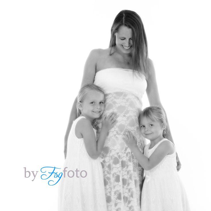 pregnancy photoshoot #fsgfoto #Halvrimmen