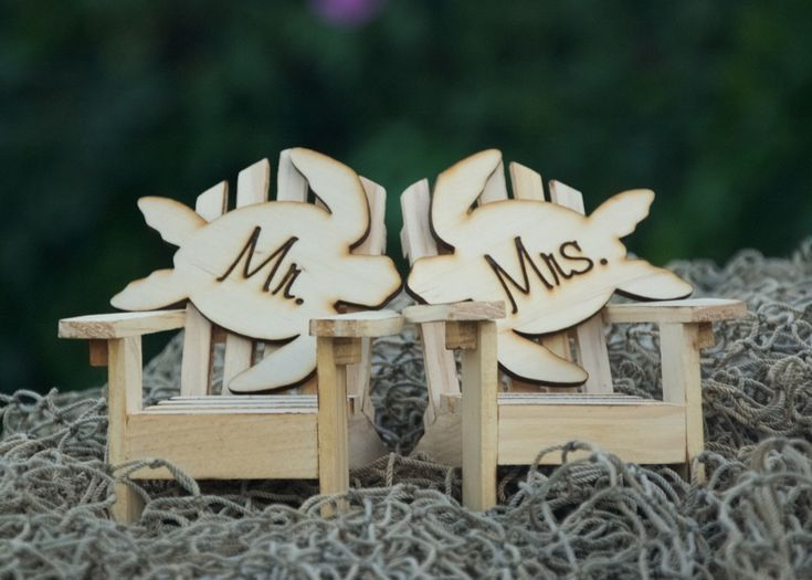 Personalized Cake Topper Adirondack Chairs-Beach Chic Wedding-Mr. & Mrs.-Turtle Cake Top-Aloha-Tropical-Hawaii Cake Toppers by TrendingTableTops on Etsy https://www.etsy.com/listing/265316378/personalized-cake-topper-adirondack