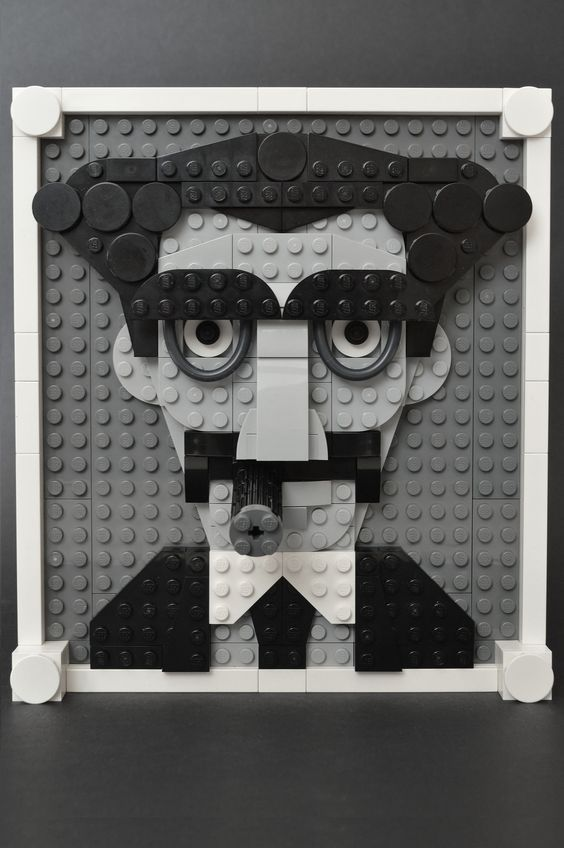 ЛегоАрт. Граучо Маркс - американський актор, комік, учасник комік-трупи, відомої як Брати Маркс.