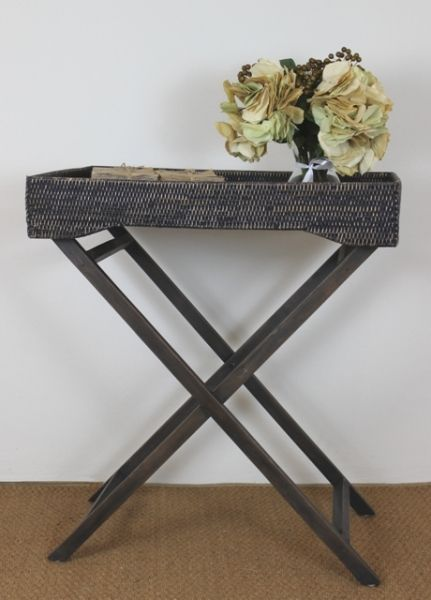 This decorative, handy Butler tray on wooden stand is made from rattan in a Blackwash finish. A great item for any room of the home, perfect to display your magazines or rest your favourite flowers on.