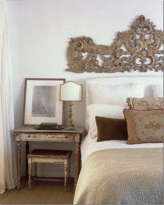 Antique style bedroom