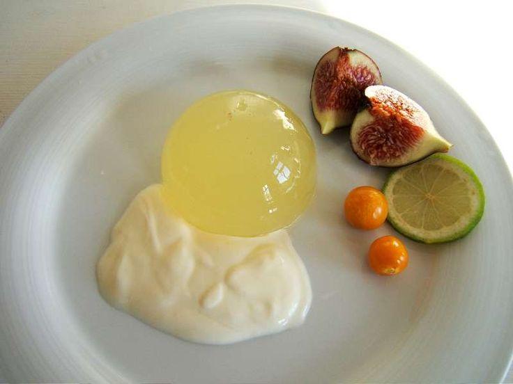 Zitronen-Wackelpudding