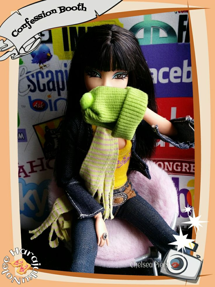 Nolee Harajuku: Hmm I really don't like to talk about anybody. My mother always said if you don't have anything nice 2 say cover ur mouth. The eyes say it all *giggles* At least mine do. ;)