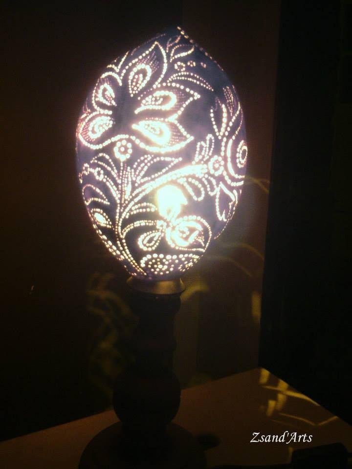 Népi motívumos lopótök lámpa. Pirogravírozással díszítve. Pirography gourds https://www.facebook.com/media/set/?set=a.528980210496536.1073741833.310692942325265&type=3