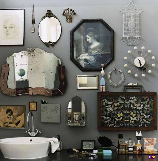 Ook bij een wastafel, of op een badkamer kan je een verzameling laten zien. Lang leve de mechanische ventilatie..