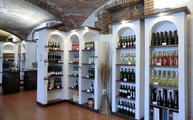 L'Enoteca Regionale di Gattinara presenta il vino Vespolina con una raffinata degustazione #gattinara #vino #vespolina #piemonte