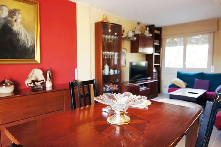 #Casa en venta #Sant Esteve Sesrovires  Casa situada en el Centro de la Población en una zona muy acogedora.  http://qoo.ly/hne6y  SEPFINQUES | M 677415782 | Ronda Universitat 7 2-4 | BCN
