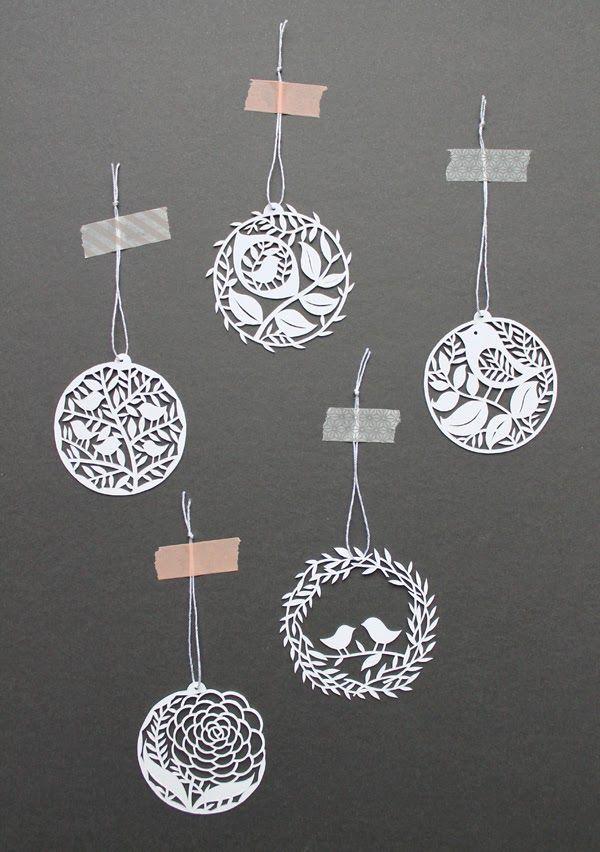 http://giochi-di-carta.blogspot.com/search/label/papercutting?updated-max=2013-12-09T11:57:00+01:00