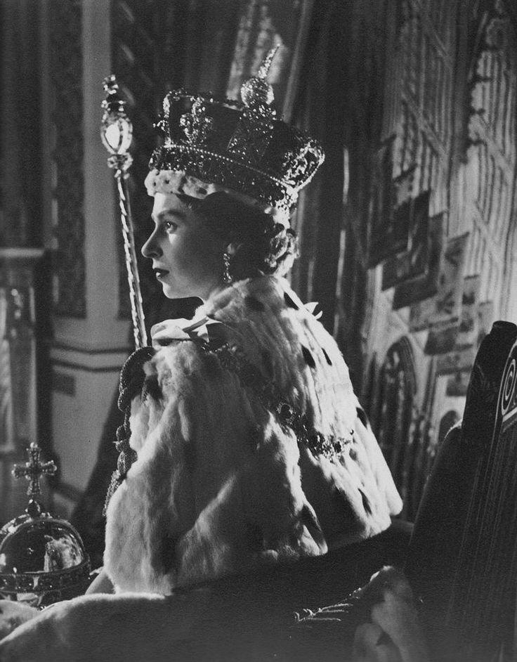 Queen Elisabeth II by Cecil Beaton