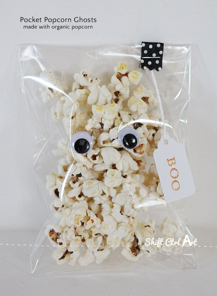 Pocket popcorn ghosts - Halloween treat