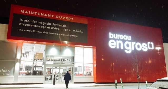 Bureau En Gros Montreal : Bureau en gros all new networking space just opened here is