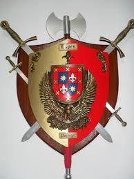 Resultado de imagem para brasão da familia oliveira