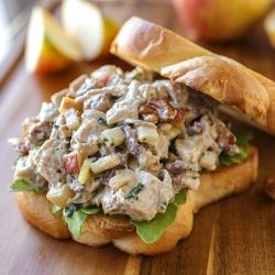 Autumn Honeycrisp Apple and Candied Walnut Chicken Salad on Buttery Brioche Toast #falflavors #honeycrisp