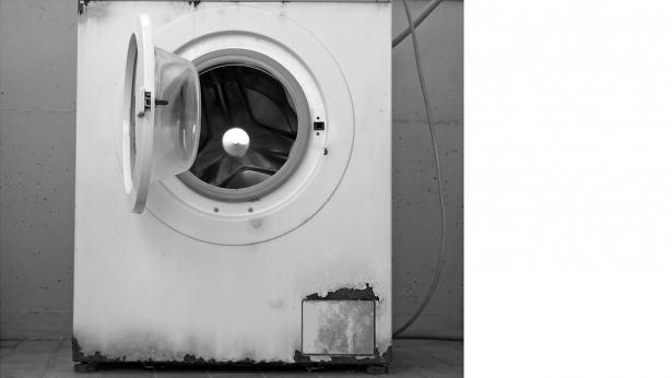 Sådan undgår du, din vaskemaskine lugter | Samvirke.dk