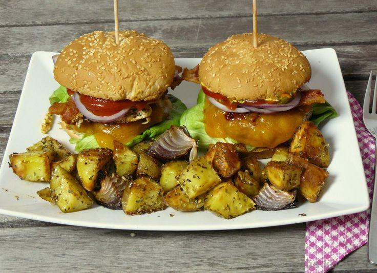 BBQ-Burger mit Kartoffelspalten - Katha-kocht!