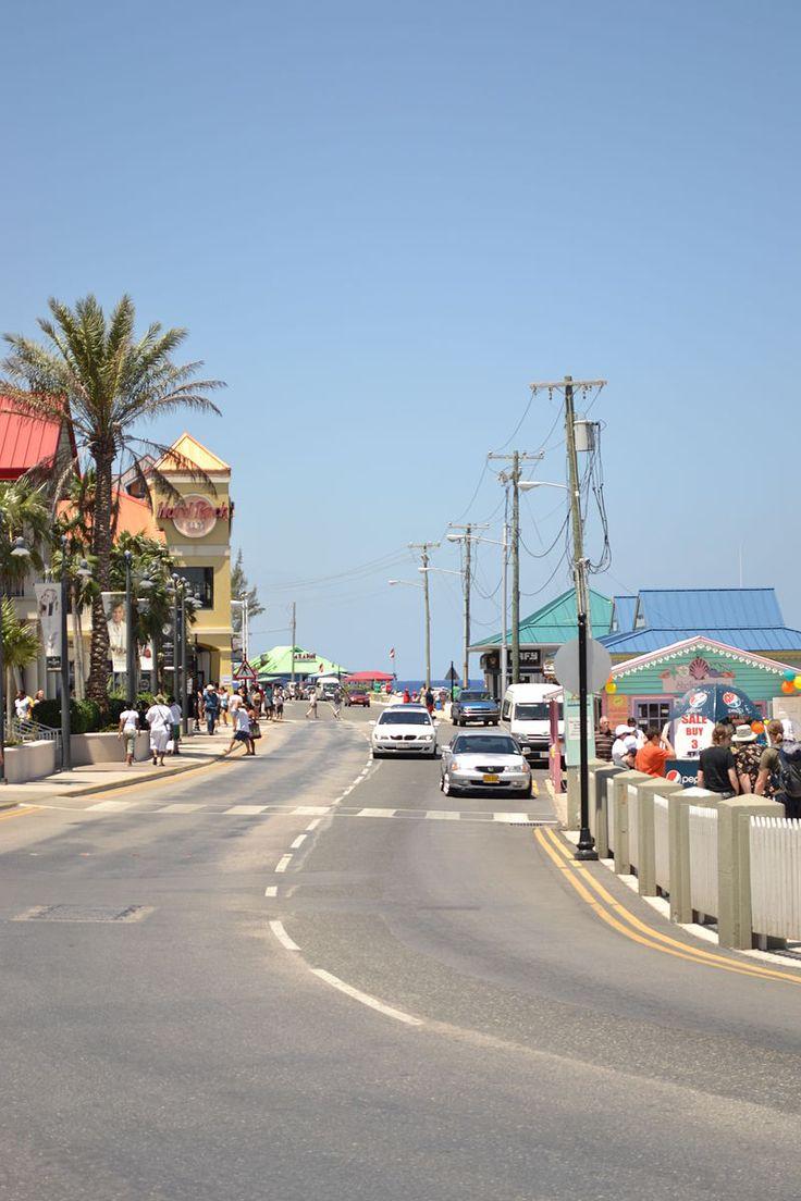 Calle principal de Gran Caimán - Islas Caimán - Wikipedia, la enciclopedia libre