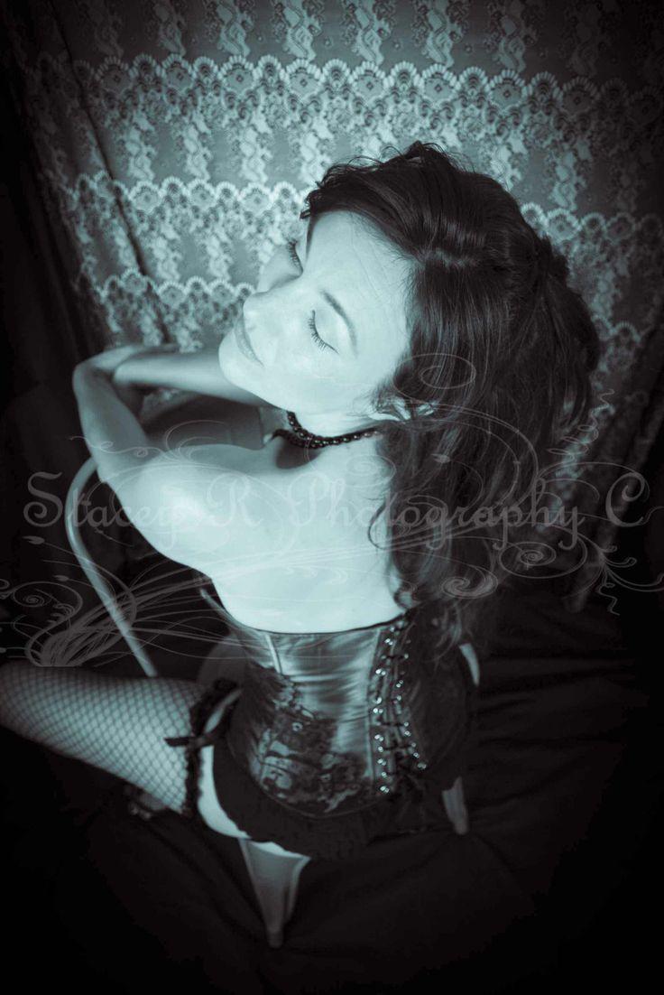 burlesque-boudior photo shoot