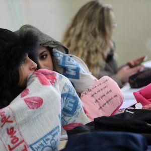 Offerte di lavoro Palermo  Studenti al freddo a causa dei riscaldamenti fuori uso in decine di istituti della città. LAmg: gli impianti andavano testati prima del grande gelo  #annuncio #pagato #jobs #Italia #Sicilia Palermo caldaie guaste o mai installate: rientro a scuola con le coperte