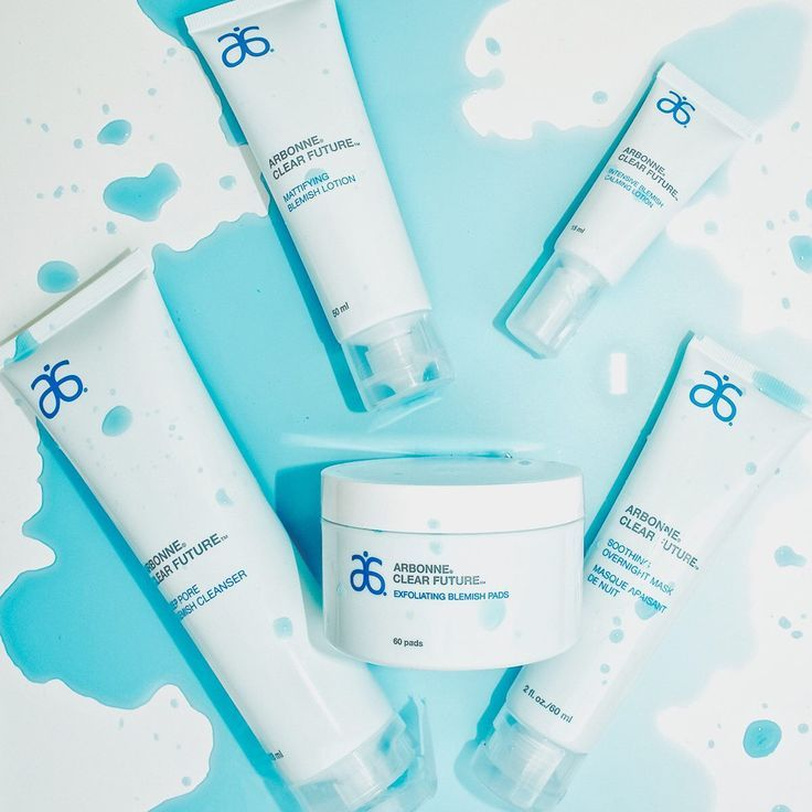 Clear up acne blemishes and help prevent new blemishes with Clear Future, powered by acne-fighting salicylic acid and botanicals to help calm and soothe skin. Improve pore size, hydration, discoloration, and skin clarity. With Clear Future, acne doesn't stand a chance.