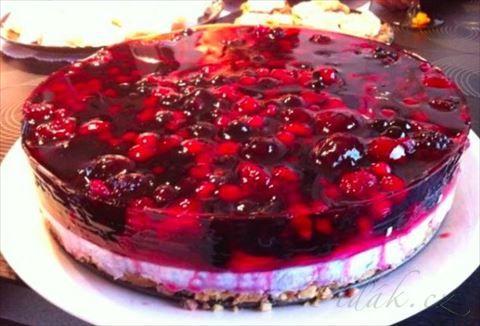 Picture of Recept - Snadný zdravý a rychlý dortík s ovocem i v zimě
