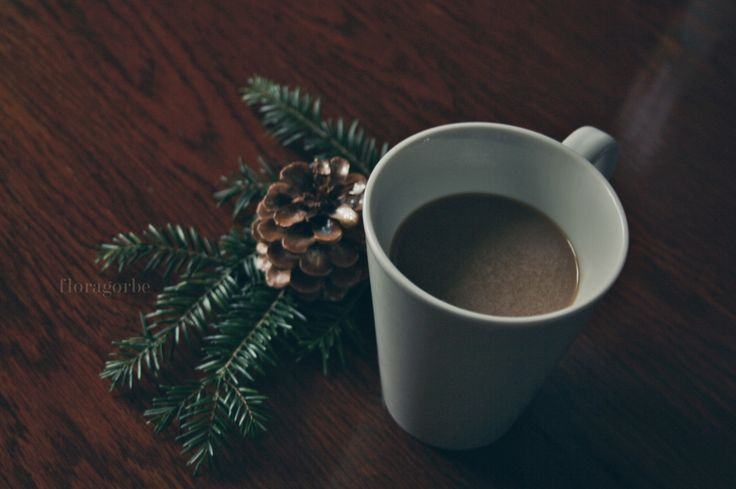 Christmas coffee with a little decoration made by me   ©floragorbe
