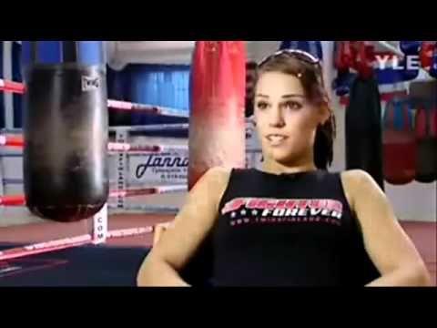 Eva Wahlström's Workout (Women Boxing)