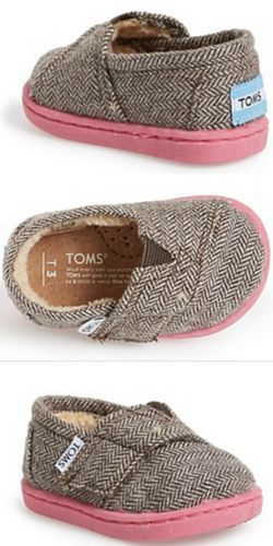 OMG I don't even wear TOMS but these are CUUTE! Cutest herringbone TOMS for babies http://rstyle.me/n/t9ec5nyg6
