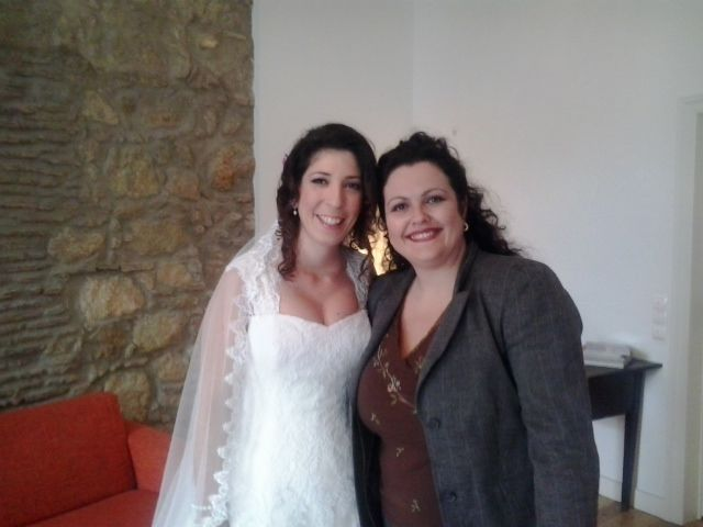 The wedding bride Patrícia at Casa do Bairro with our guest relations Nídia.