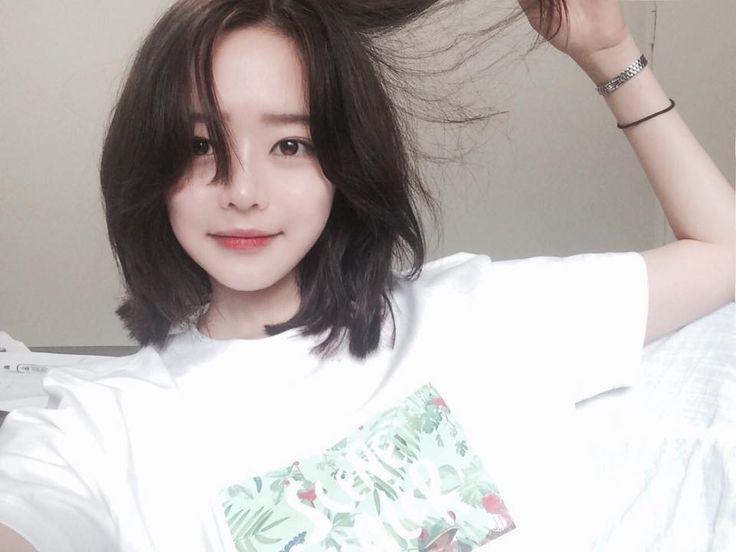 adding this cute short hair ulzzang :3 Pins @chanaemi