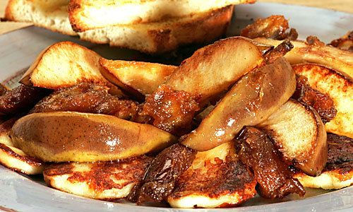 Sometimes when I make a grilled cheese sandwich, I deliberately load the bread with far more cheese than it can handle, knowing full well that as the sandwich cooks, the cheddar or Emmentaler will inevitably spill over the sides and undergo its beautiful alchemy in the hot pan, transformed into a crisp, golden filigree. Sure, the sandwich is good, but it's pretty much an afterthought.