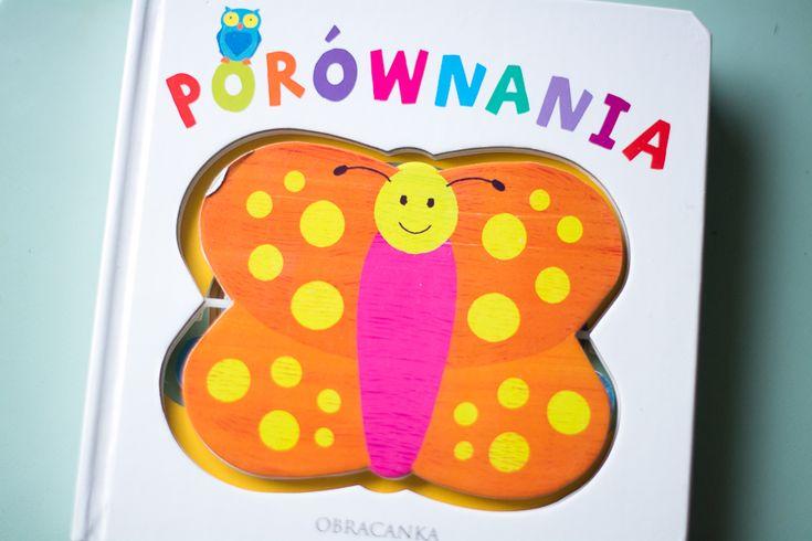 Dziś same świetne książki dla maluchów. Junior coraz więcej czasu potrafi skupić się na czytaniu, więc chętnie to wykorzystujemy. Siadamy przy naszej biblioteczce i po kolei wszystko czytamy. Dziś pokażę Wam nasze nowości. Świetny pomysł na książki dla dzieci. Julian je uwielbia, przewraca rączką ilustracje i bardzo się nimi interesuje. Jak czytamy te książeczki to zazwyczaj sporo przy każdej...