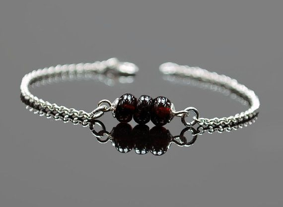 NEW  Beautiful women bracelet Tiny GARNET by euforioHandmade