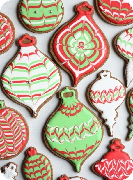 ornament cookies: Idea, Sugar Cookies, Recipe, Christmas Cookies, Cookies Decor, Decor Cookies, Christmas Ornaments, Royals Ice, Ornaments Cookies