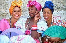 colorful head wraps                                                                                                                                                                                 Más