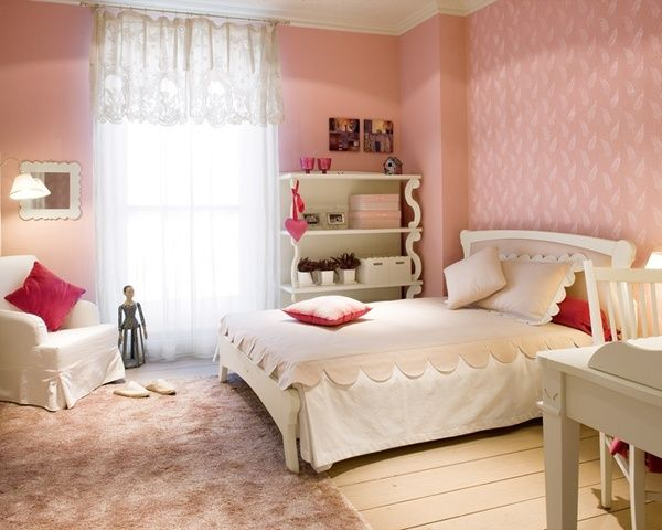 ideen jugendzimmer gestalten m dchen rosa ecru regale teppich einrichtungs ideen pinterest. Black Bedroom Furniture Sets. Home Design Ideas