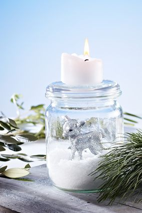 Easy Homemade Christmas Decorations from Punchbowl