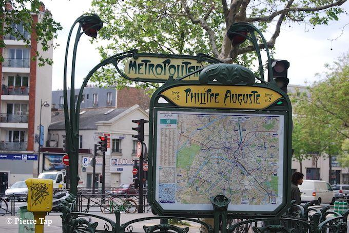 Place de la Nation et métro